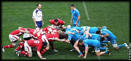 Italy Wales scrum
