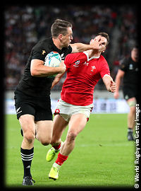 New Zealand v Wales Ben Smith palm off RWC2019 Bronze Final