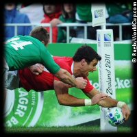 QF1 Ireland v Wales Mike Philips try